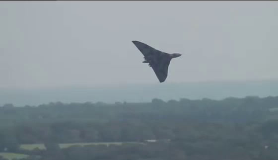 Does the VULCAN XH558 have most terrifying sound of war?