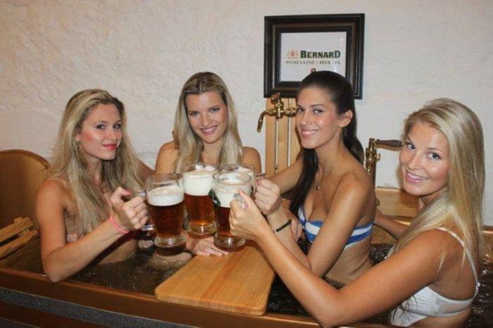 Girls czech republic Dating a