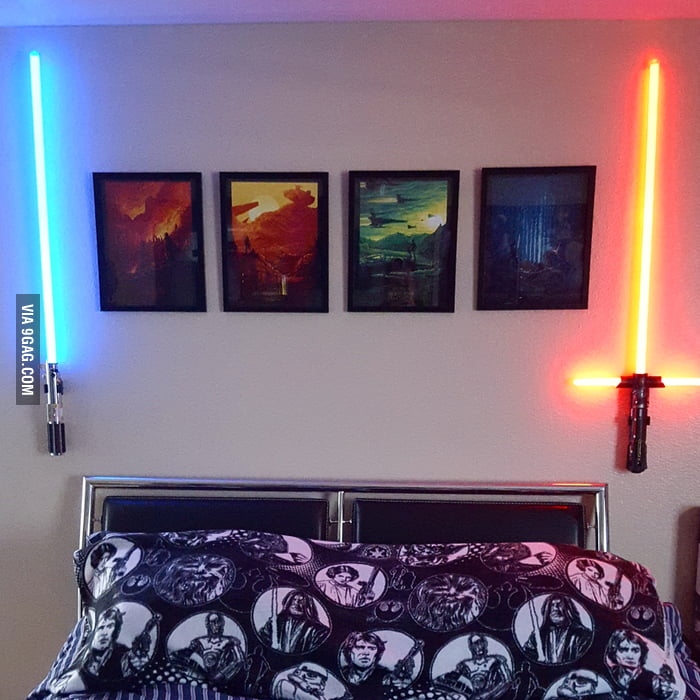 Badass star wars bedroom decoration 9gag for Star wars kids room decor