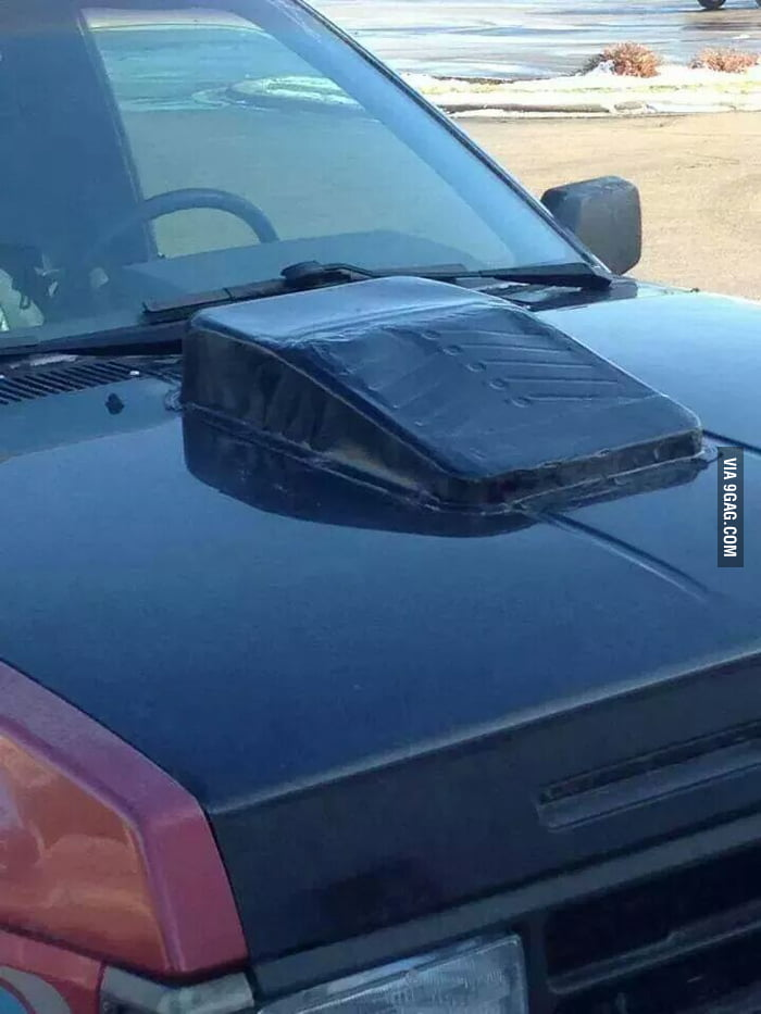 Image Of Paint Tray On Car As Hood Spoiler