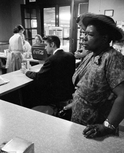 Elvis Presley Waiting For His Bacon And Eggs While A Woman Waits For Her Sandwich She Is Not Permitted To Sit 1956 9gag