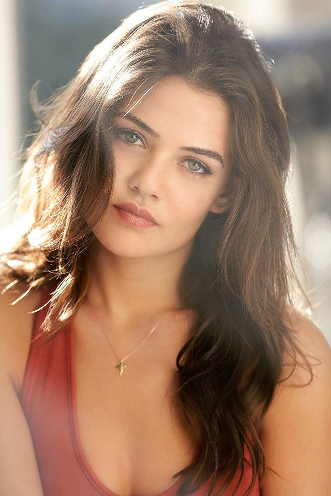 Danielle campbell nude fakes — img 15