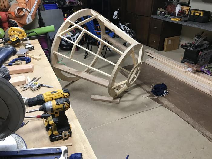 Dad Builds His Son A Millennium Falcon Cockpit Bed 9gag