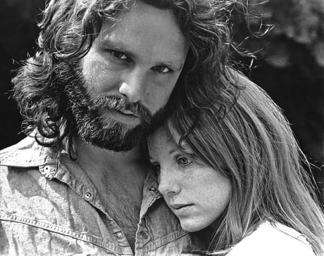 Jim Morrison and Pamela Courson in 1971 - 9GAG