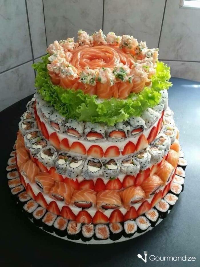 Does anyone like cake?