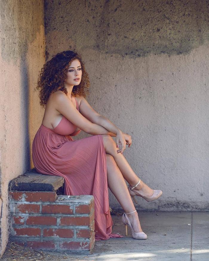 Leila lowfire feet