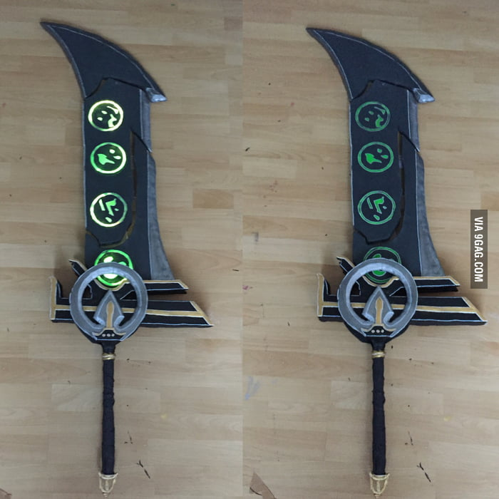 Redeemed Riven Sword I made for a friends birthday ~ enatrixcosplay