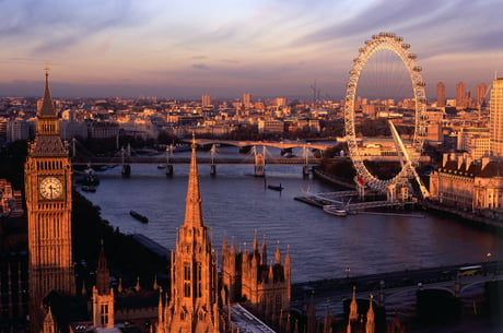 Hi guys! I am going to London next week and I am looking for interesting things to do or places to see. Can you help?