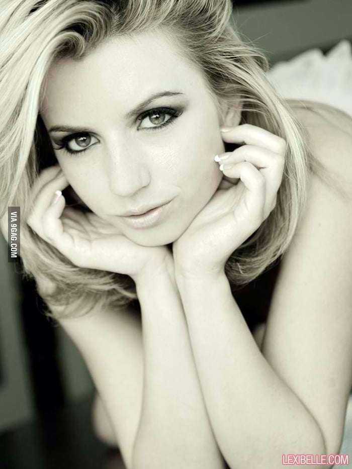 well.. this is a pretty gurl. (lexi belle) - 9gag