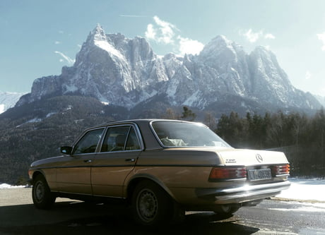 Mercedes W123 200 Can T Believe This Was Swimming In Water Just 6