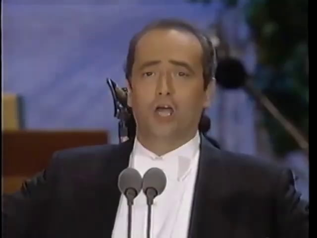"Pavarotti went from ""watch this, noobs"" to ""wtf bruddas"" really fast lol"