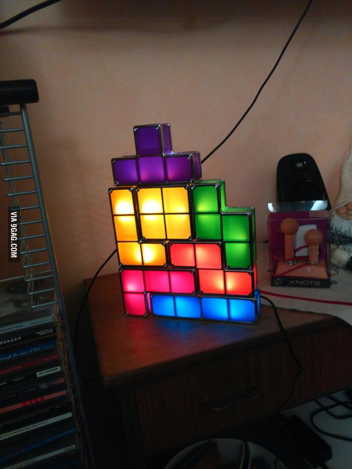 These tetris lights, won't make a square  - 9GAG