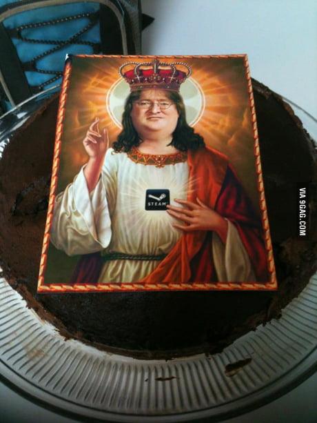 Awesome Every Pc Gamer Birthday Cake Should Be This 9Gag Funny Birthday Cards Online Inifodamsfinfo