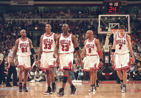 Throwback to the '96 Chicago Bulls! Greatest NBA team in history!