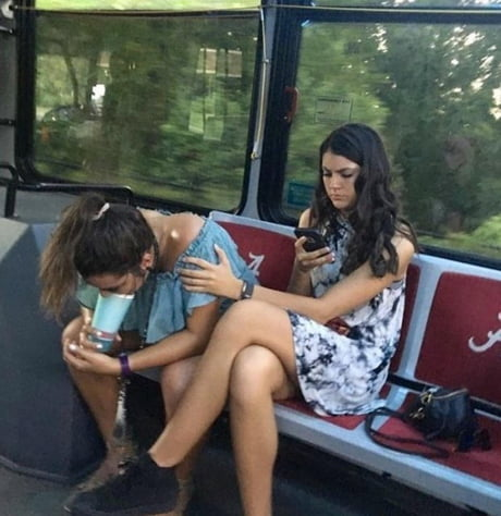 This photo represents the difference between freshman and senior year.