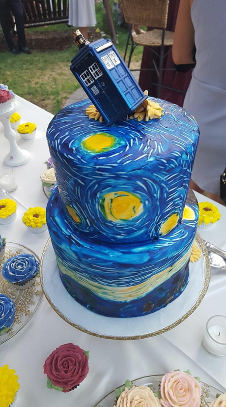 Doctor Who/Vincent van Gogh wedding cake