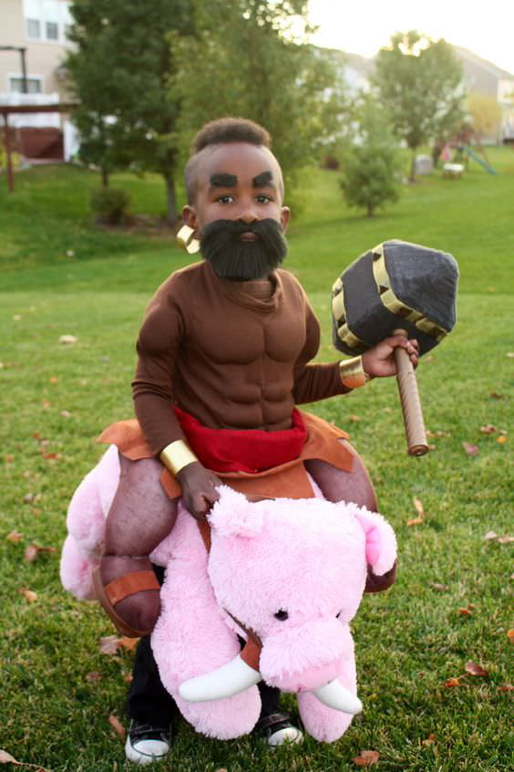 Clash of Clans Cosplay - 9GAG