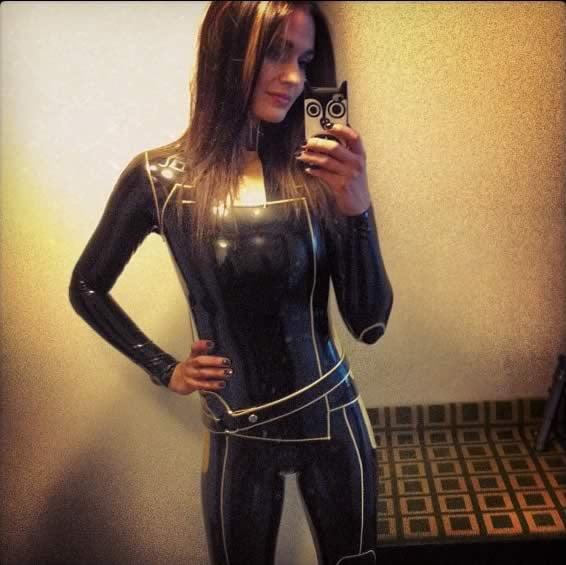 Miranda Lawson Black Catsuit Selfie 9gag