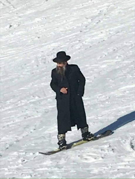 When your friend throw a shekel from the mountain
