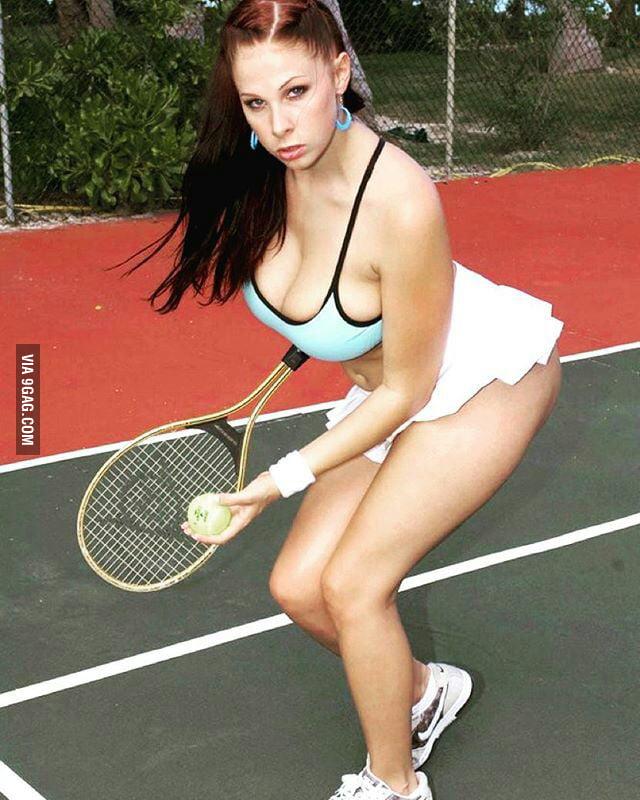 сиськи в теннисе