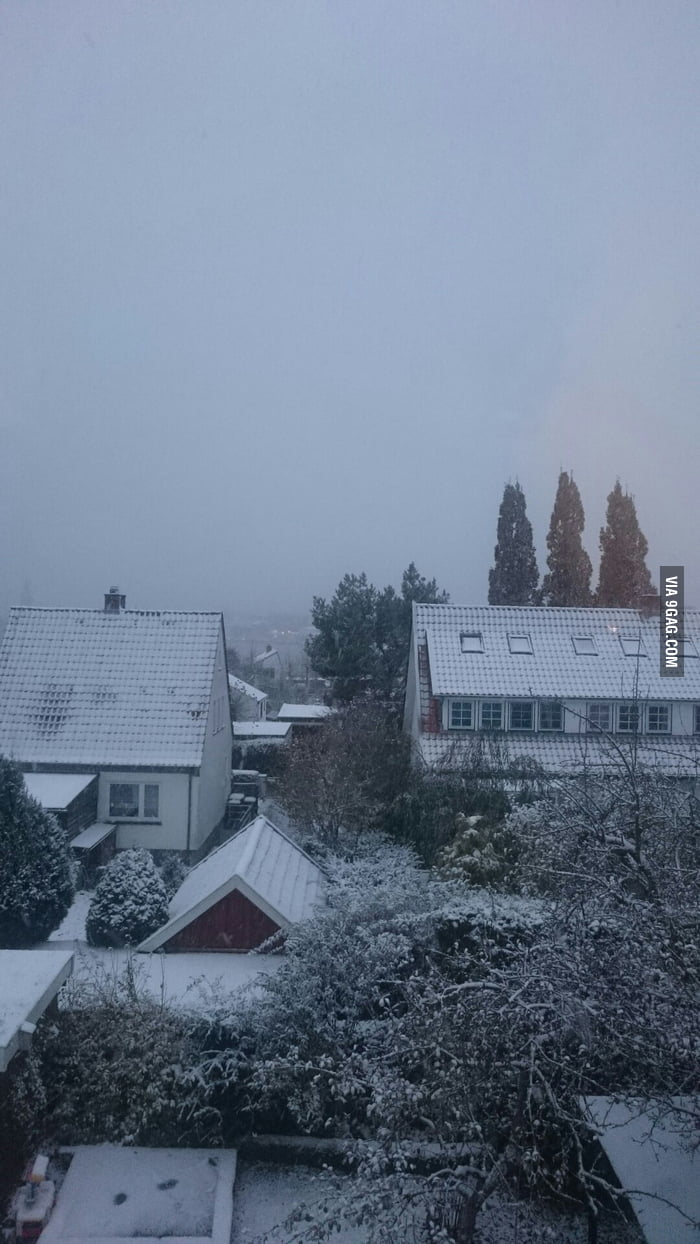Started to snow here in germany too... wtf it\'s November. Had no ...