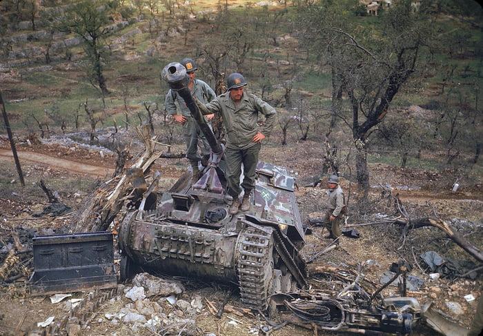 Colourised war photographs #22