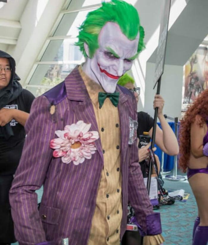 Free Comic Book Day San Diego: The Joker Cosplay (san Diego Comic Con 2017)