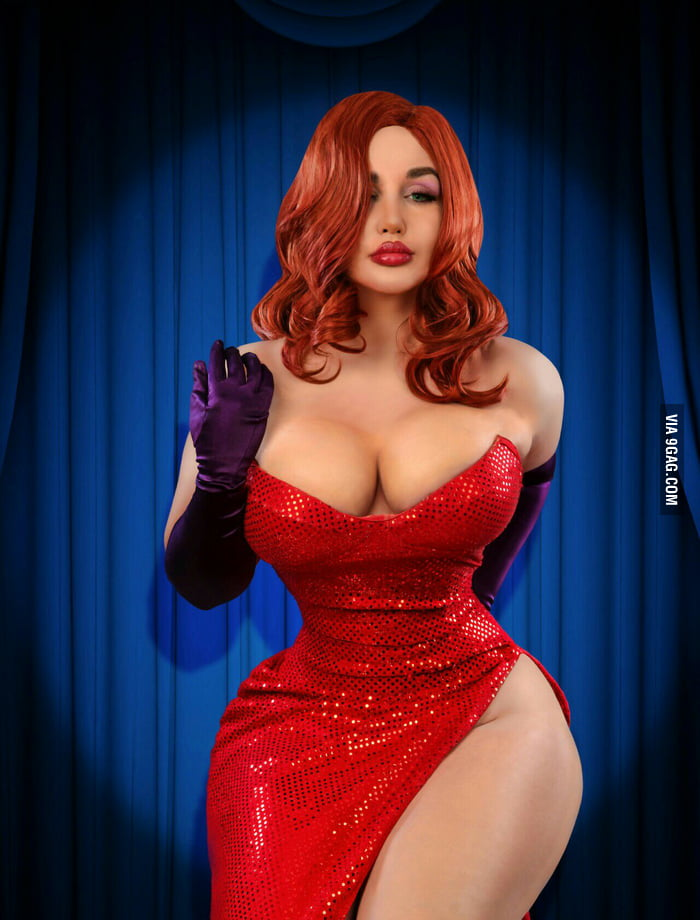 Sofia Sivan as Jessica Rabbit (photo by Yassir Ketchum)