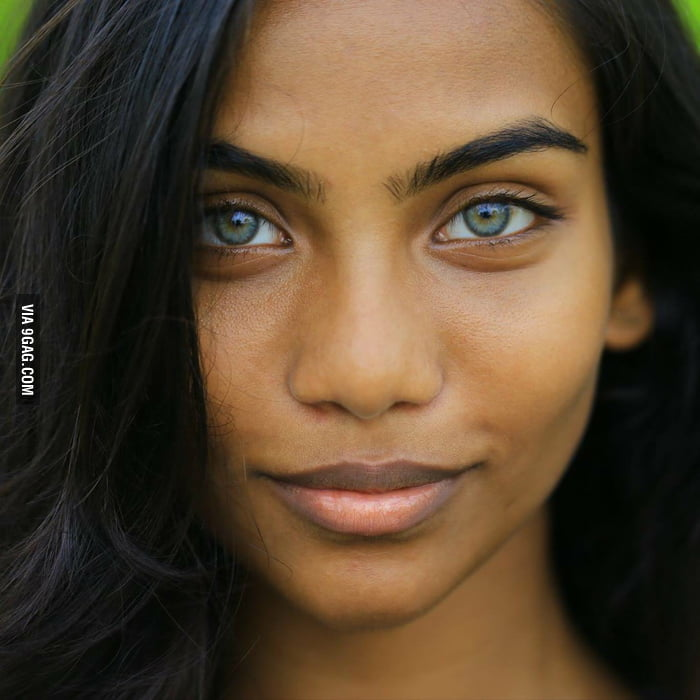 More Pictures Of The Maldivian Aqua Blue Eyes Girl 9gag