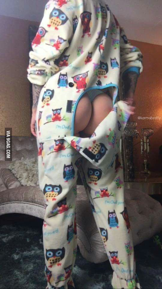 эрофото в пижаме