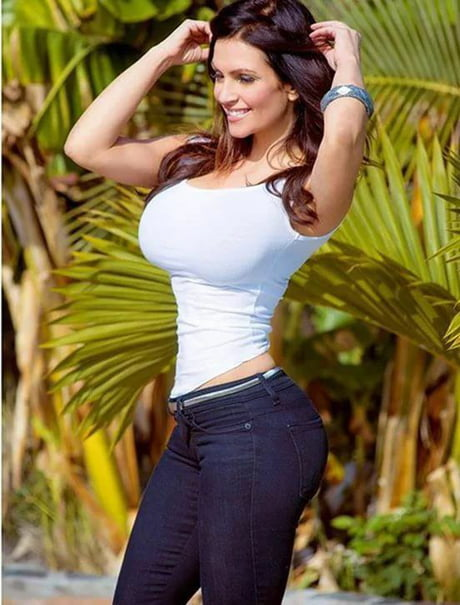 new concept 4cf65 f3d9a At first glance, i thought it was photoshopped. denise milani.
