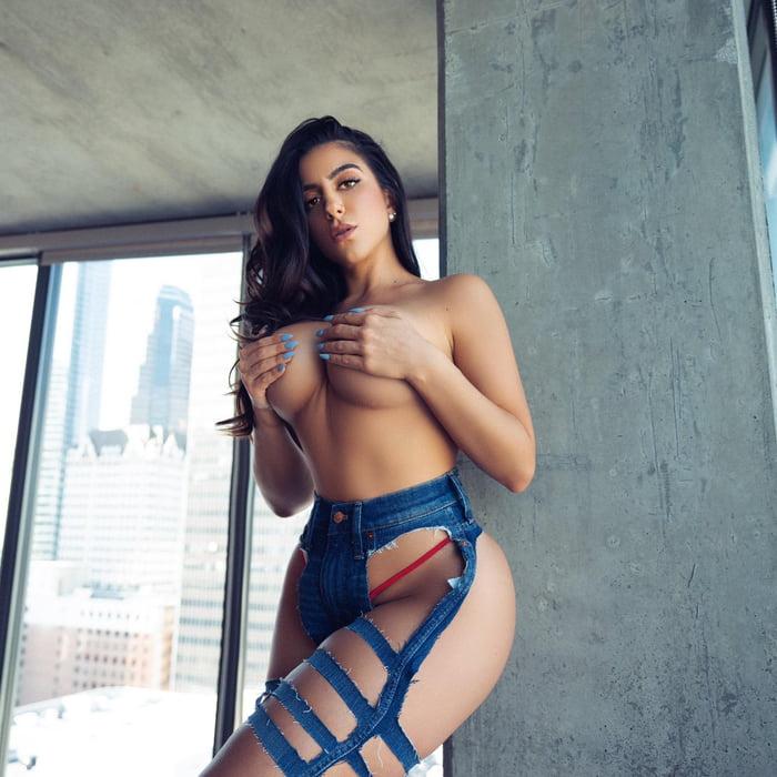 Lena Nersesian - pornstar