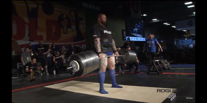 1045lbs =474kg deadlift world record The mountain! - 9GAG