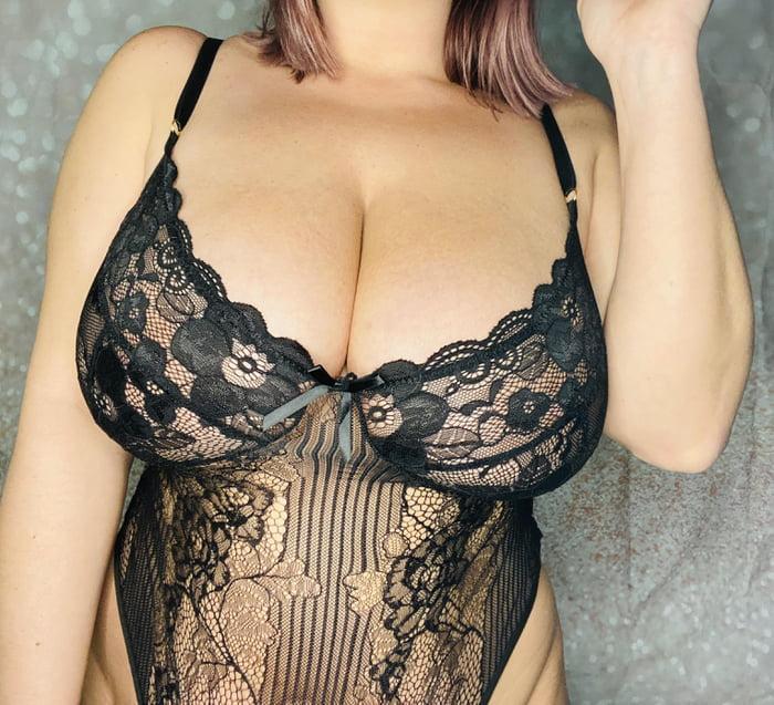 38 samantha Samantha 38G: