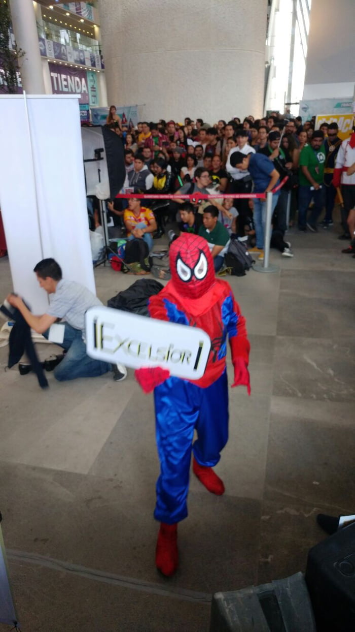 Bad cosplay in CONQUE 2017 - 9GAG