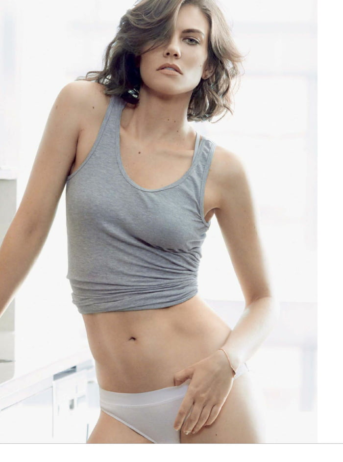Makes lauren cohan naked job!