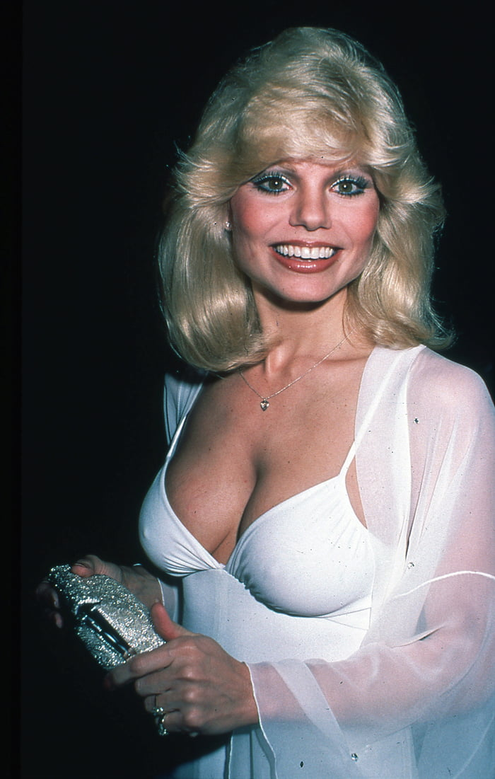 Sexy Loni Anderson -1980's - 9GAG