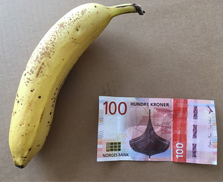 The new Norwegian 100 Krones bill - banana for scale of what you can buy with it