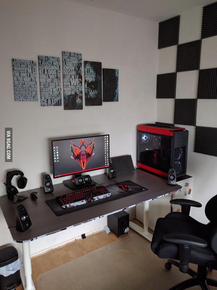 Full setup with my upgraded modded pc 9gag - Habitacion gaming ...