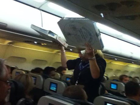 Due to bad weather conditions, flight was delayed from Washington, so the pilot ordered 30 pizzas for passengers.