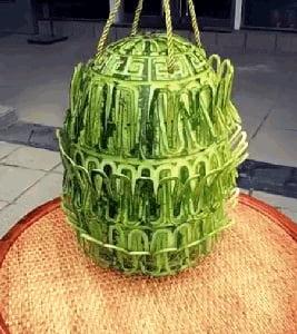 Interlocked watermelon carving