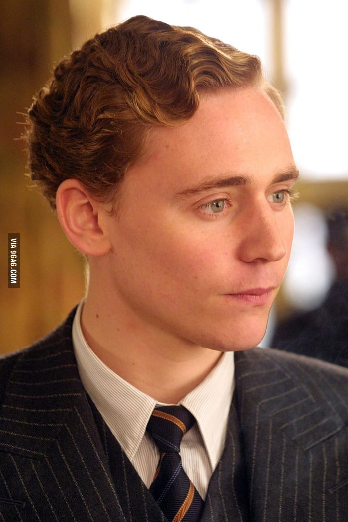 Tom Hiddleston, age 21 - 9GAG