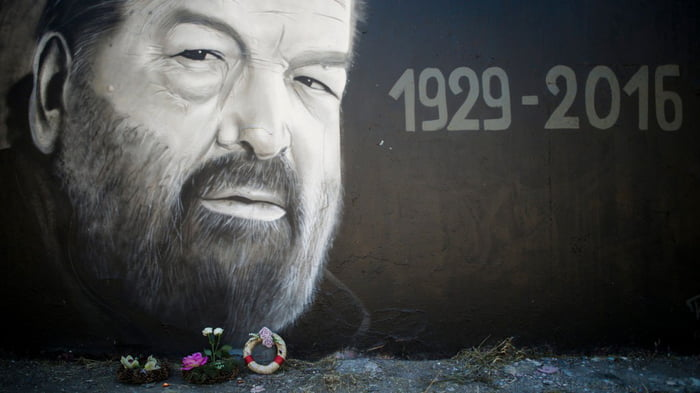 Bud Spencer Graffiti In Budapest 9gag