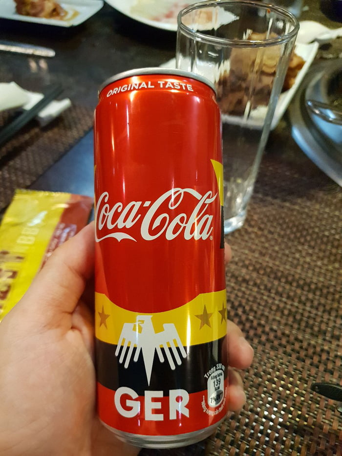 new coke failure The leadership of the coca-cola company gathered at the vivian beaumont theater in new york's lincoln center at11:00 am on april 23rd, 1985 for an important announcement.
