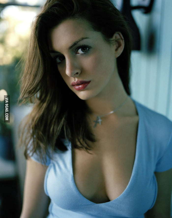 Hot girls with big eyes