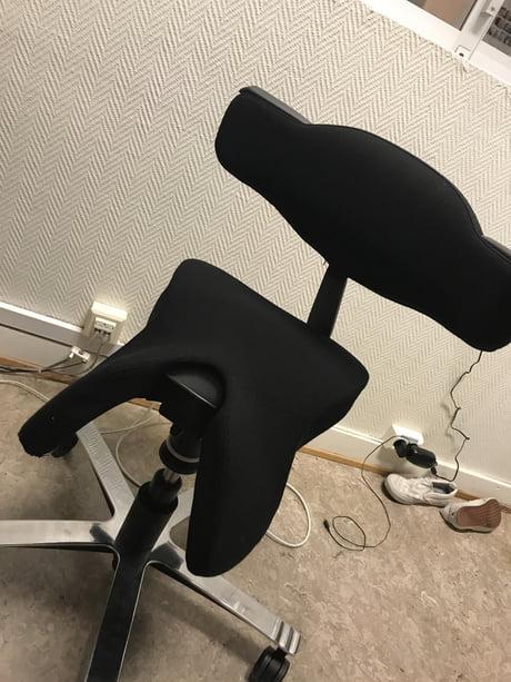 Fabulous Best 30 Office Desk Chairs Fun On 9Gag Ibusinesslaw Wood Chair Design Ideas Ibusinesslaworg