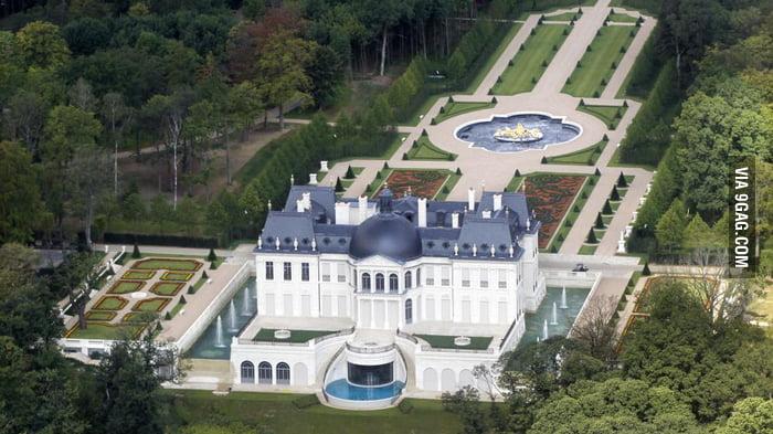 Ch teau de louveciennes apparently became the most for Chateau louis 14 louveciennes
