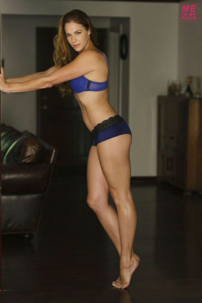 23 Amanda Righetti More On My Profile 9gag