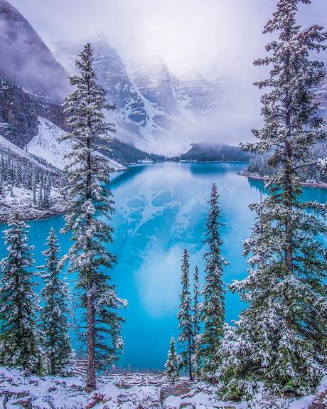 Moraine Lake Banff National Park Alberta Canada 9gag
