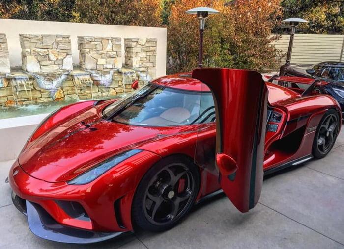 Koenigsegg Regera and it\u0026#039;s Dihedral Synchro-Helix Actuation Doors. & Koenigsegg Regera and it\u0027s Dihedral Synchro-Helix Actuation Doors ...